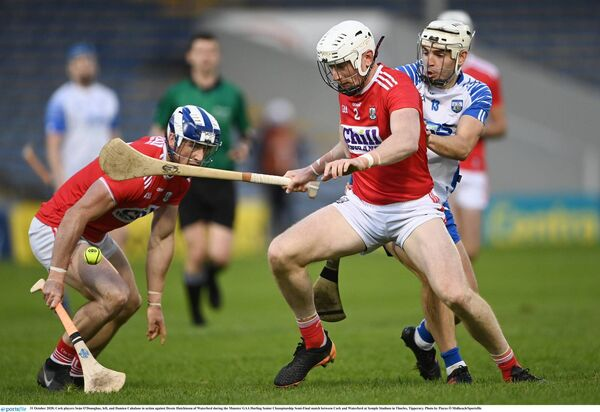 Seán O'Donoghue and Damien Cahalane in action against Dessie Hutchinson. Picture: Piaras Ó Mídheach/Sportsfile
