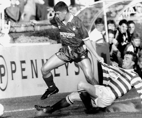 Roy Keane gets shirty in his first match in Ireland as a Notts Forrest player against Shamrock Rovers.