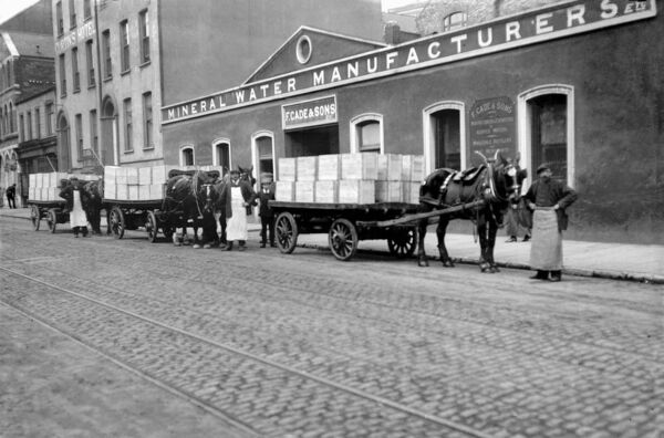 Cades mineral water manufacturers at MacCurtain Street, Cork circa 1910 (later location of Thompson's Bakery)