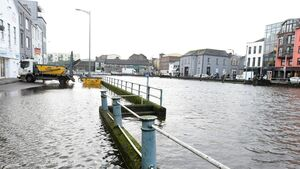 'Highly likely' parts of Cork will flood this evening; gel bags available for city businesses and residents