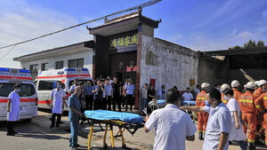 17 killed in China restaurant collapse