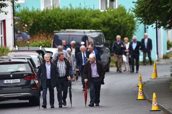 Locals arrive for Requiem Mass for PJ (Paddy) Sheehan in the Church of Our Lady, Star of the Sea and St Patrick's. Picture Dan Linehan