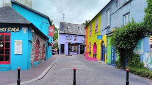 Kinsale rolls out trial pedestrianisation of two streets to support local businesses