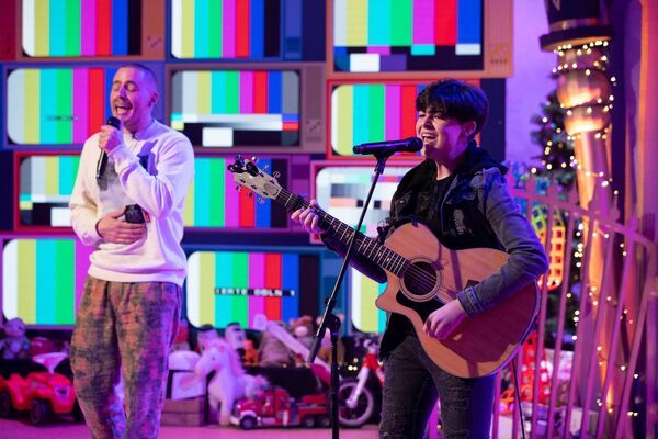 Michael Moloney & Dermot Kennedy perform Giants on The Late Late Toy Show 2020 at The Late Late Toy Show 2020, at RTÉ in Dublin, Friday, November 27th 2020.