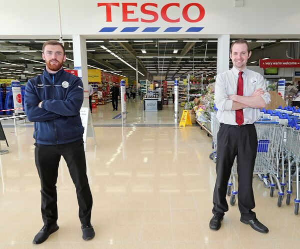 Jason Dunphy, Tesco Wilton and Richard Kenneally, Line Manager Tesco Wilton.Picture: Jim Coughlan.