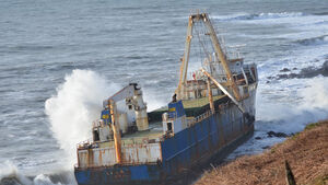 Ghost ship update: Work resumes to assess impact of shipwreck on Cork coast