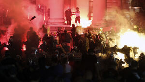 Protesters attempt to storm Serbian parliament building