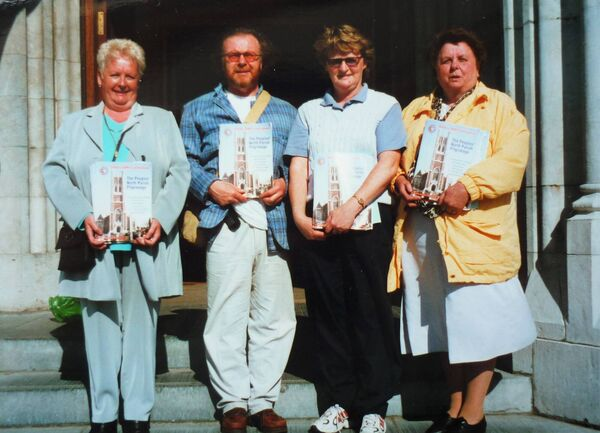 Cork historian Richard T. Cooke with community members. Photograph courtesy of Catherine M. Courtney.