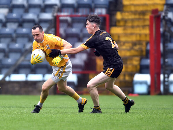 Grange's Noel Barry breaks from Goleen's Jack O'Driscoll. Picture: Eddie O'Hare