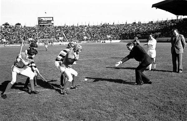 Bishop Michael Murphy throws in the ball to start the 1977 Glen versus Barrs county final at a packed Páirc Uí Chaoimh.