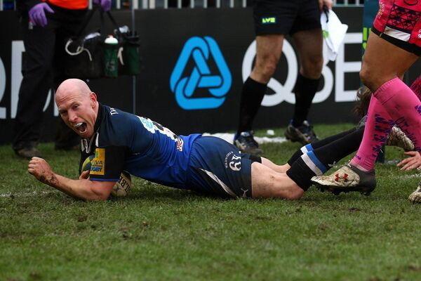 Stringer scoring for Bath. Picture: Clive Rose/Getty Images