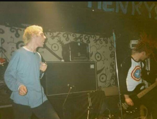 Emperor Of Ice Cream play Sir Henrys in 1993.