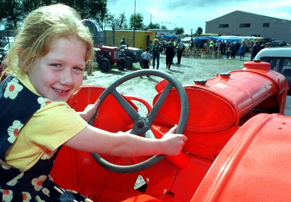 Nicola Murphy, Courtbrack, Blarney with a 1935 Fordson N tractor at Inniscarra show & old time threshing. Picture Denis Minihane.