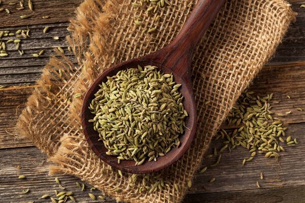 Keeping different seeds in your pantry/ cupboards, they are great to add some crunch to dishes or add some flavour, like these fennel seeds, above.