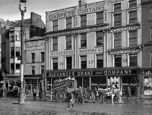 Grant's store at Grand Parade in the early 1900s.