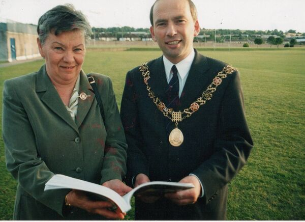 Mary Moran with the then Lord Mayor Tom O Driscoll at the launch of her publication The history Of Cork Camogie in 2000.