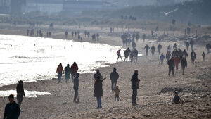 Covid-19: Cork County Council responds to concerns about crowded beaches