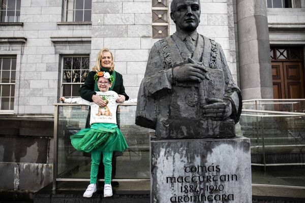 Fionnuala MacCurtain, granddaughter of former Lord Mayor of Cork, Tomás MacCurtain, with her granddaughter Leah-Mai Hartnett-MacCurtain pictured at the launch of the Cork St. Patrick's Festival. Picture: Clare Keogh