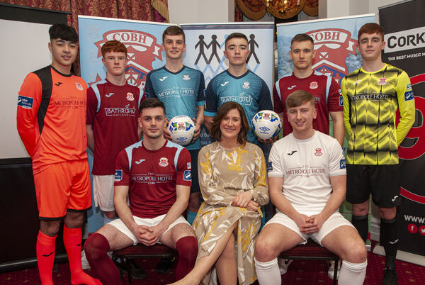 Ria Greaves, Deputy Gen. Manager at the Hotel is pictured with club players, Pierce Phillips (left) and Dave Hurley (right) and (back, from left) Shane O'Shea, Stuart O'Rourke, Stephen O'Connor, Fionn Duggan, Bryan Murphy and Michael O'Rourke. Picture: Brian Lougheed