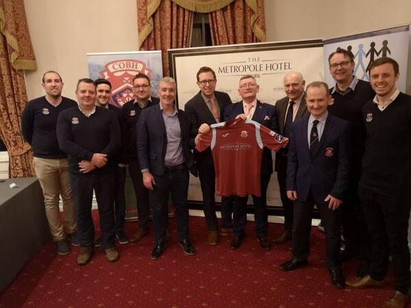 Gerry McAnaney, FAI President, attended the Cobh Ramblers event in the Metropole Hotel to launch the new season.