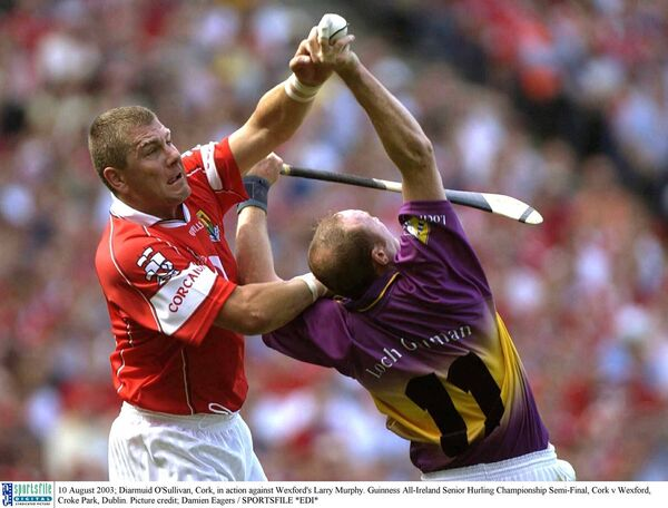 Diarmuid O'Sullivan battling Larry Murphy. Picture: Damien Eagers/SPORTSFILE