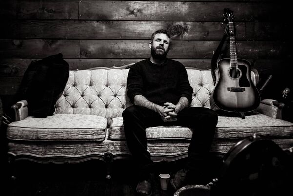 Mick Flannery is performing live online tomorrow from 9pm. Photo Credit: Matt Kennelly