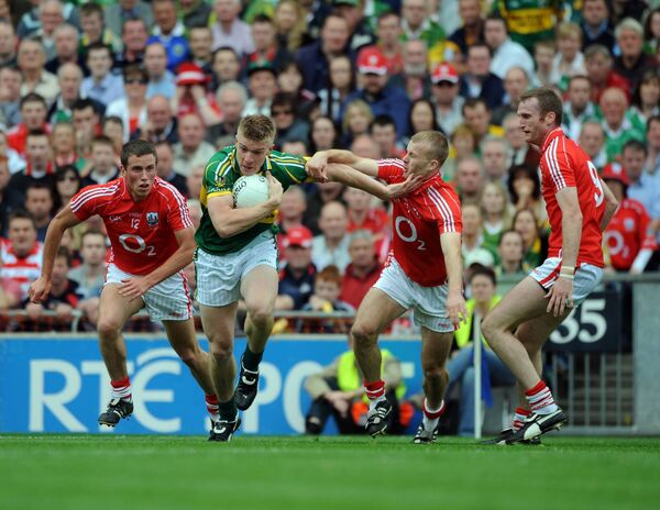 Tommy Walsh under pressure from Michael Shields, Pa Kelly and Nicholas Murphy. Picture: Eddie O'Hare