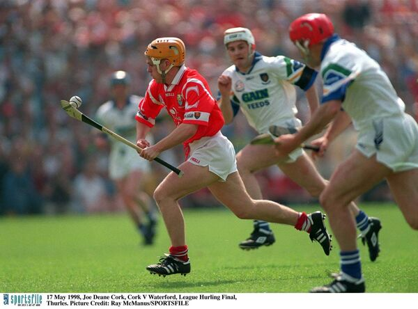 Cork hurling wizard Joe Deane takes on the Waterford defence in the 1998 hurling league final at Semple Stadium. Picture: Ray McManus/SPORTSFILE