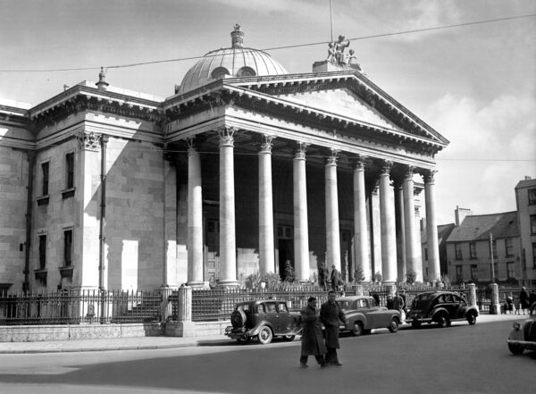 IMPRESSIVE: The Courthouse in Washington Street in 1956