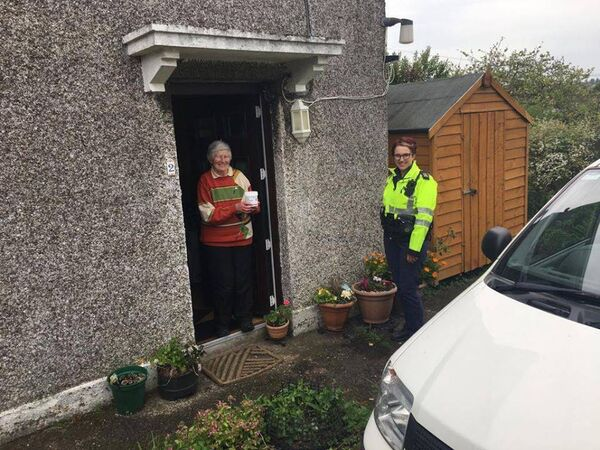 Community garda from Anglesea Street Garda Station carried out welfare checks in Ballinlough this week.