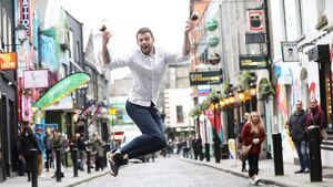 Cork barman sets new world record for making Irish coffee