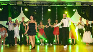 Picture Gallery: Brian Dillons GAA take to the dance floor