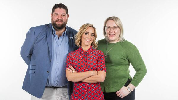 Andrea and Barry Rae, Cork participants in Operation Transformation, 2020, with presenter Kathryn Thomas