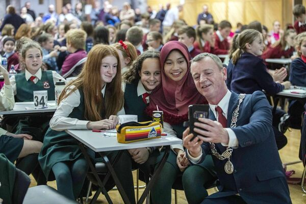 Tina Fleming, Amelia Norwood and Aaliyah Dalamba of Scoil Mhuire Ballincollig and The Deputy Lord Mayor Cllr Fergal Dennehy.