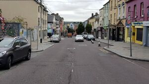 Man stood in the middle of Shandon Street with machete