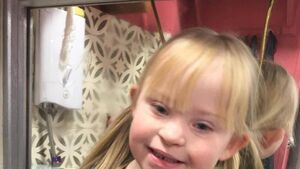 Cork hairdresser leaves his business in the capable hands of a little girl