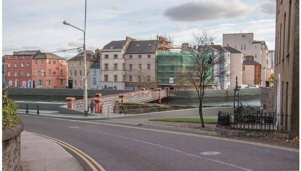 Proposed flood defences along Cork's quay walls. Grenville Place