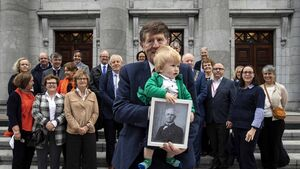 Personal items of Cork nationalist DL Fawsitt are donated to the Cork Archives