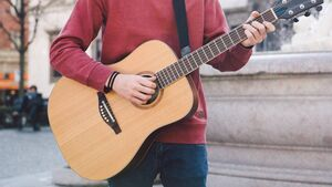 Man with penknife for his guitar fails to strike chord with judge