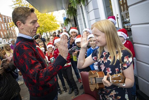 Pictured at The Late Late Toy Show Auditions in Cork with host Ryan Tubridy was ukulele player Vivienne O'Brien. Photo: Cathal Noonan