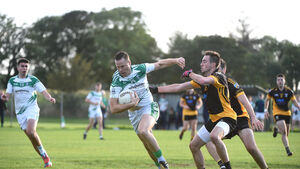 Ilen hold out against Fermoy to secure their place in football's top flight