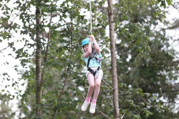 Stofra Ni Ghallchobhair 7yrs takes part in the tree top activities at Center Parcs Longford Forest. Picture: Leon Farrell/Photocall Ireland
