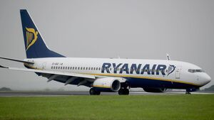 Ryanair pilots warn of industrial action unless airline addresses issues by Monday