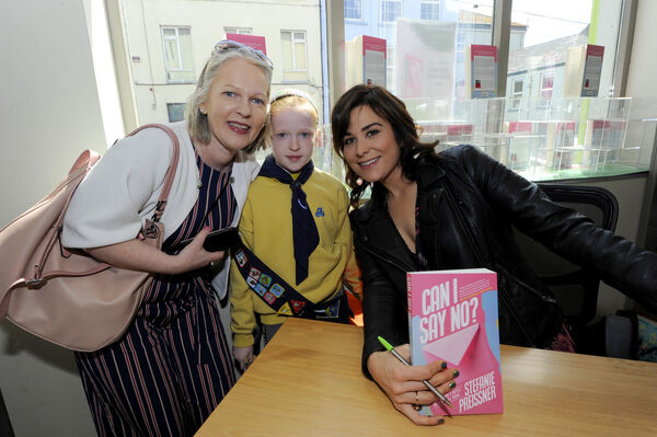 Veronica and Eabha Costelloe from Mallow with author Stefanie Preissner at her book signing. Picture: Gavin Browne