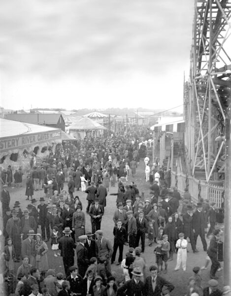 The big wheel in the amusements area of the Cork Industrial Fair at Carrigrohane Road in 1932.