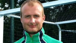 Shaw resigns as Irish hockey coach