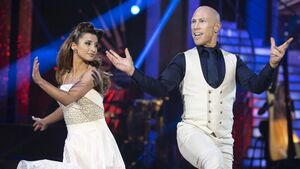 Rugby legend gets the boot from 'Dancing With The Stars'
