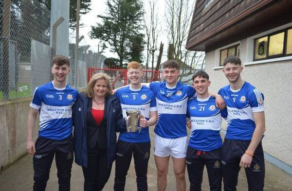 The Killeagh players with Tracey Kennedy.