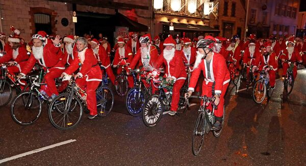 RDJ Santa Cycle 2018, annual festive cycle in aid of Straight Ahead, at Victoria Road. Picture: Jim Coughlan