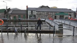 Tidal flood warning for city quays as Storm Callum hits